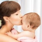 Как ухаживать за новорожденным? Основные рекомендации