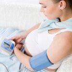 Давление при беременности: как избежать проблем